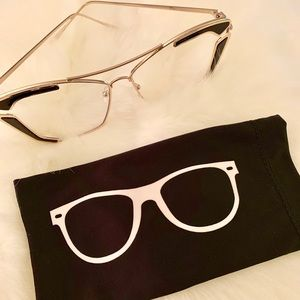 Accessories - Clear lens glasses